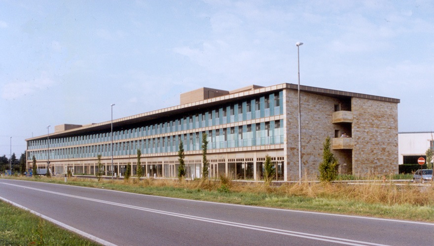 Commercial Building - immagine 1